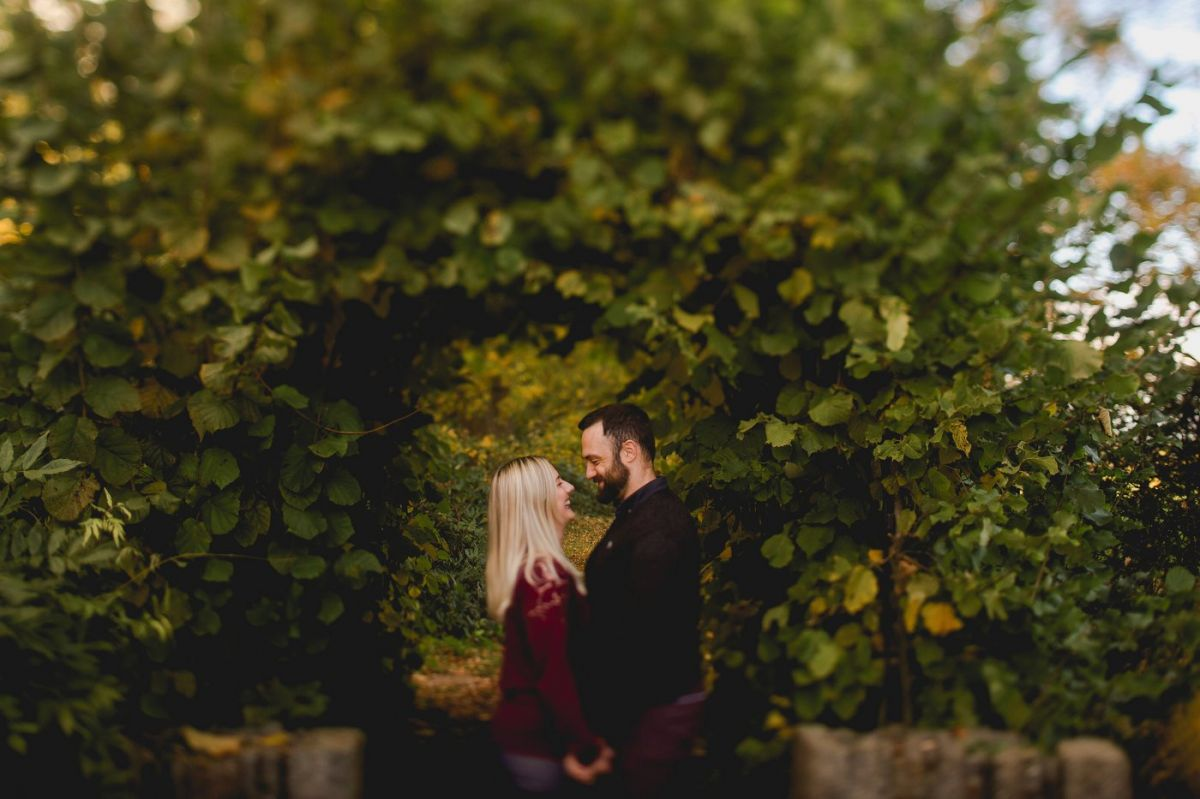 bride and groom to be on engagement shoot